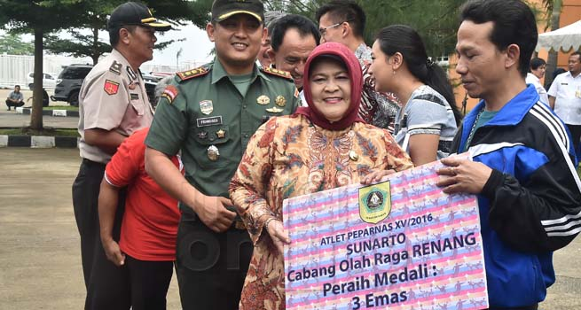 Pemkab Bogor Berikan Penghargaan untuk Atlet Berprestasi di PON dan Peparnas 2016
