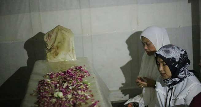 Ida Fauziyah Ziarah ke Makam Sunan Pandanaran