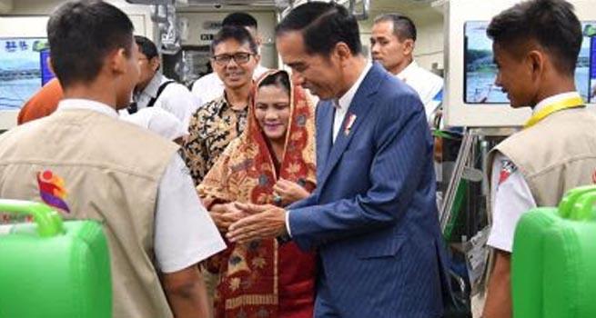 Presiden Jokowi Luncurkan KA Bandara Internasional Minangkabau Padang Pariaman