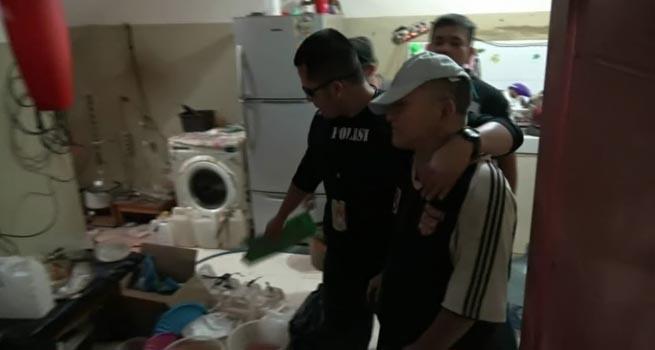 BREAKINGNEWS : Sat Narkoba Jakbar Gerebek Pabrik Sabu Rumahan