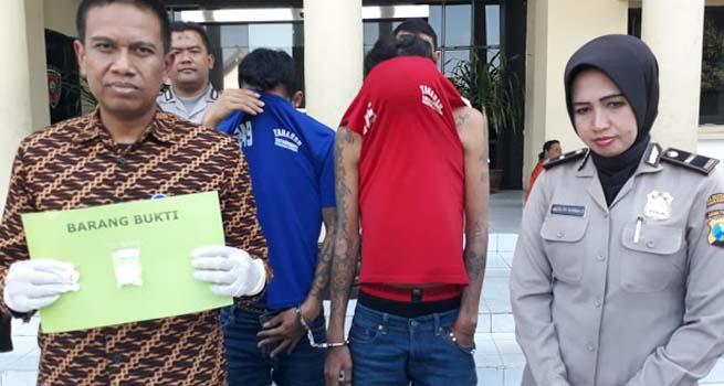 Polrestabes Surabaya Ringkus Dua Pengedar Narkoba Asal Mojokerto