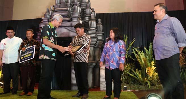 Borobudur Bali Baru, Gubernur Jateng Beri Penghargaan Abiwara Pariwisata Jateng 2018