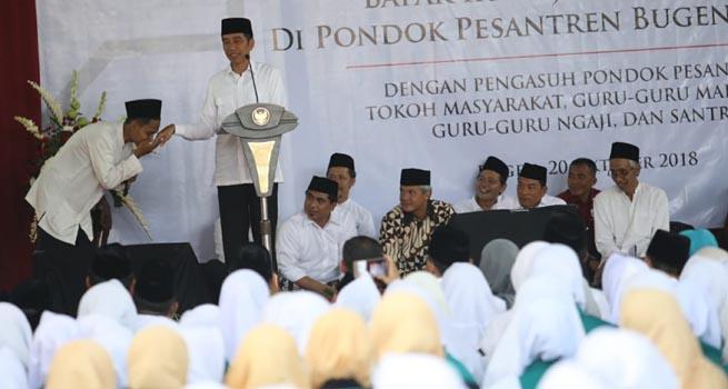 Berkisah Pertemuannya dengan Jokowi, KH Ubaidillah Shodaqoh Tidak Mau Pemimpin Kasar