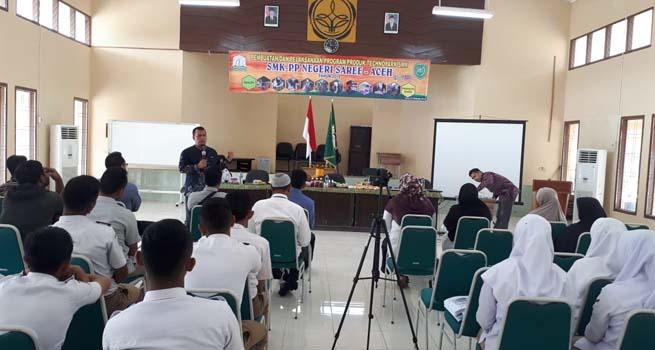 Pendamping dan Workshop Technopark SMK-PP Negeri Saree
